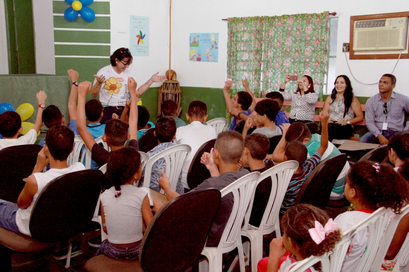 Direito à educação marca apresentações da ação de combate ao trabalho infantil do Cras Tijucal