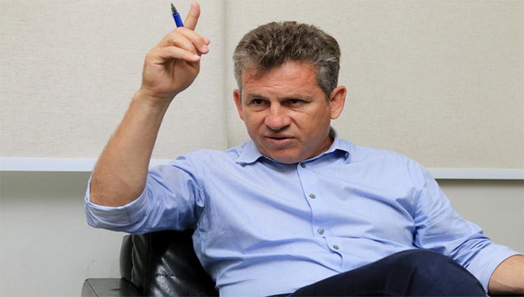 Em sinuca de bico DEM dá aval para Mauro Mendes escolher seu Vice