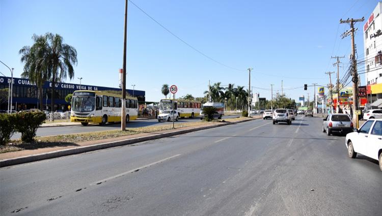 Prefeitura estuda implantar uma passarela em frente à rodoviária de Cuiabá
