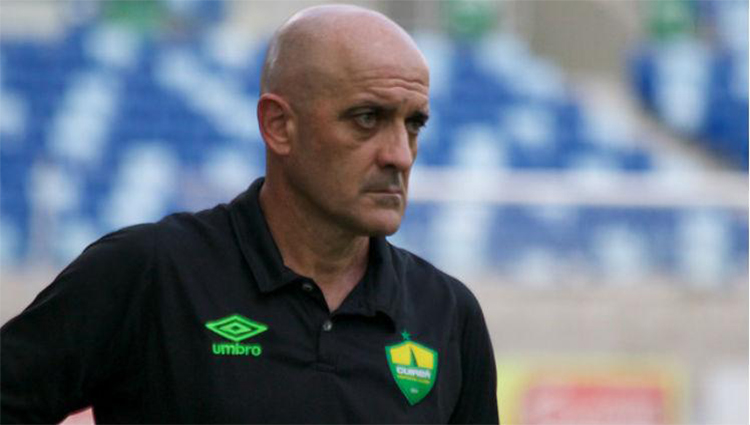 Cuiabá anuncia renovação do contrato com técnico Itamar Schülle para temporada de 2019
