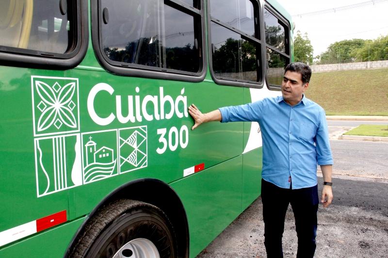 Pinheiro apresenta novo layout da frota de veículos do transporte público da Capital