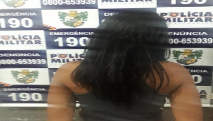 Garota com Droga em Bara do Garças