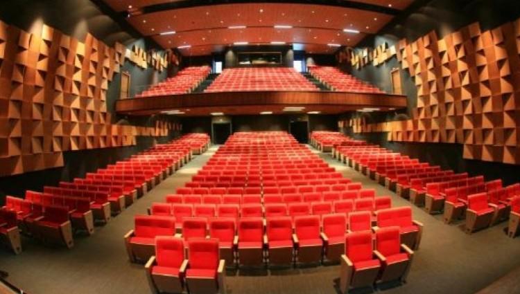 teatro-zulmira-canavarros-tera-show-para-unir-pais-e-criancas - Edited