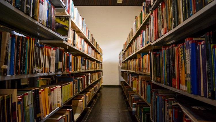 biblioteca_estev